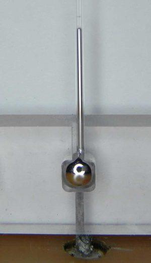 Liquid-metal-tunable-antenna
